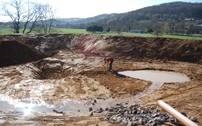 Unser Teich im Bau mit Überwinterungslöchern