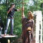 St. Bonifatius beim Aufstellen